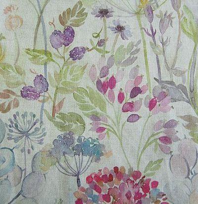 ткань из льна с акварельными цветами Hedgerow Linen Voyage Decoration