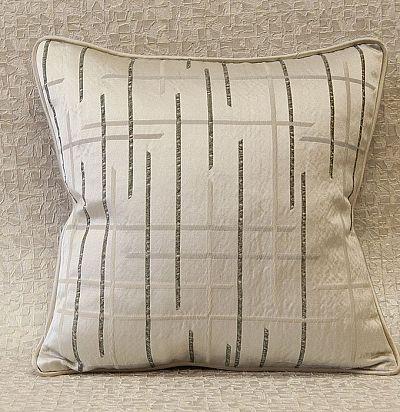 декоративная подушка с геометрией Graphics ZimmerRohde