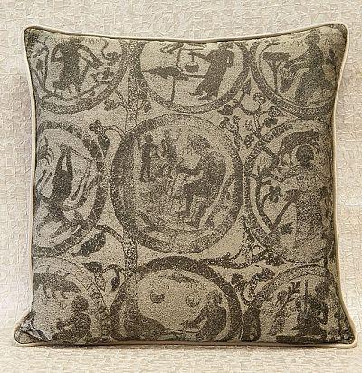 декоративная подушка с печатным рисунком знаки зодиака Zodiaco ZimmerRohde