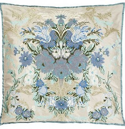 декоративная подушка с вышивкой цветы CCRC0014 The Royal Collection