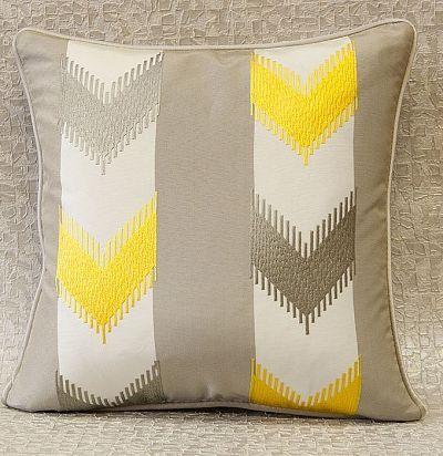 подушка декоративная с вышивкой Agra ZimmerRohde
