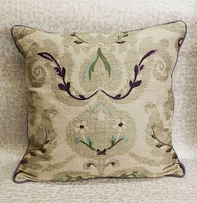 подушка декоративная из льна с узором Brocatello Zoffany