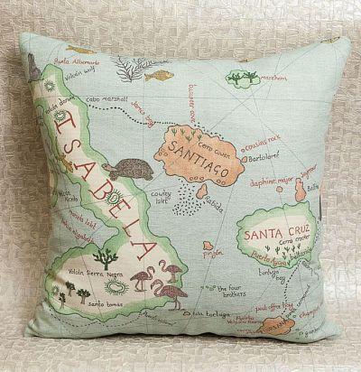 подушка декоративная из льна с принтом карта Galapagos Ocean Blue Sanderson