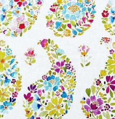 Портьерная ткань с яркими пейсли Rafiya Ecru Voyage Decoration